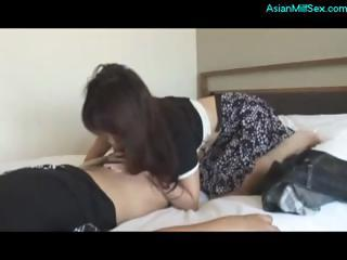 asian d like to fuck gives a blow job and