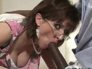 older lady sonia sucks cock