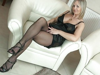 hot blonde mother i in pantyhose uncovers her