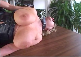chunky aged fisting and fucking in leather