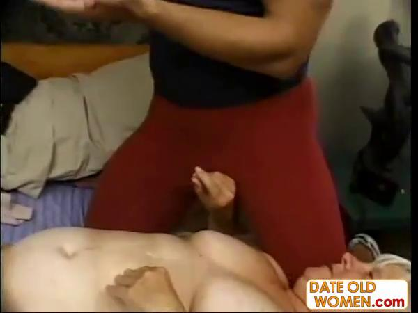 overweight mature fucks the massage lad by dow88