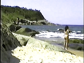 my exibitionist wife beatrice on beach 1