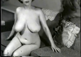 breasty vintage mother i