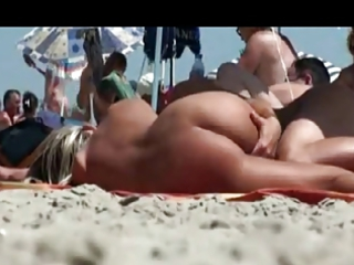 hot d like to fuck on nudist beach by troc