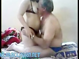 amateur arab couple