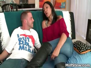 hawt lalin girl milf with a big arse fucking part0