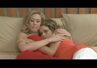 mother daughter lesbo porn video
