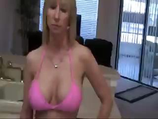 golden-haired mommy is engulfing on the neighbour