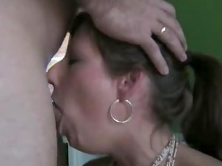 priceless wife deepthroats and swallows the full