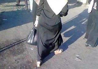 arab street voyeur - large butt candid - spying
